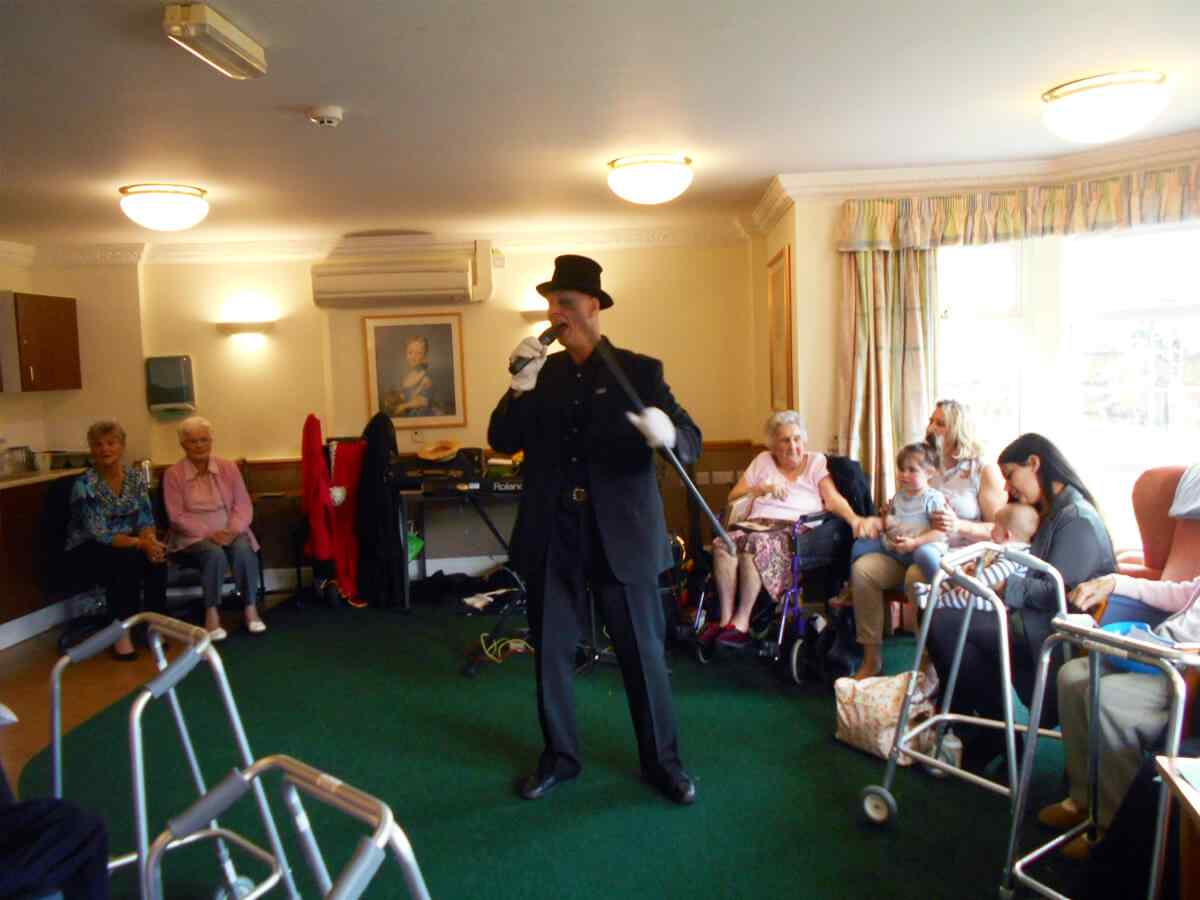 Care Home In Uk Senior Care Home Services Uk